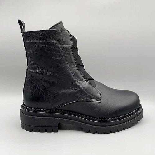 KMB – Boots A5211, black