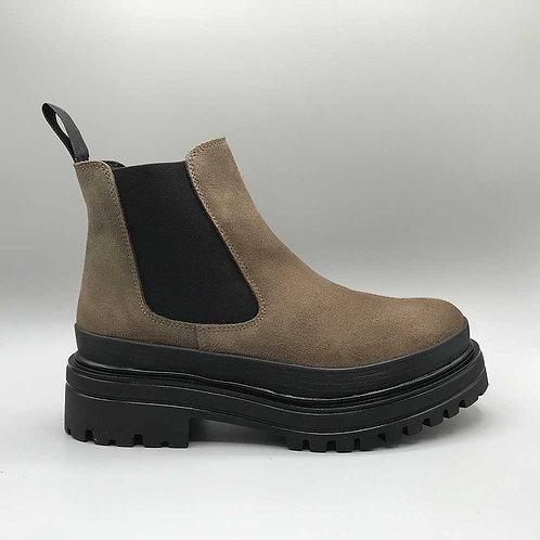 KMB – Boots A3110, crosta nutria