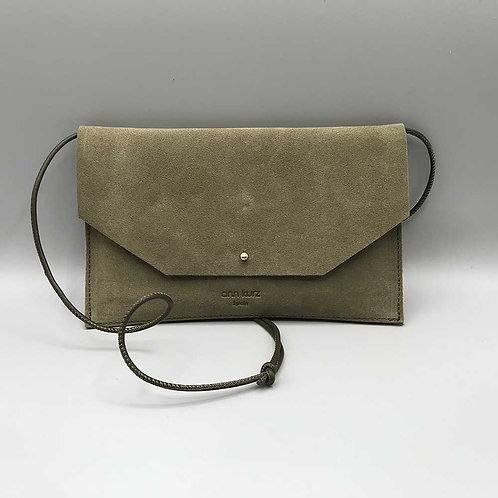 ann kurz – Clutch Mia Envelope, olive
