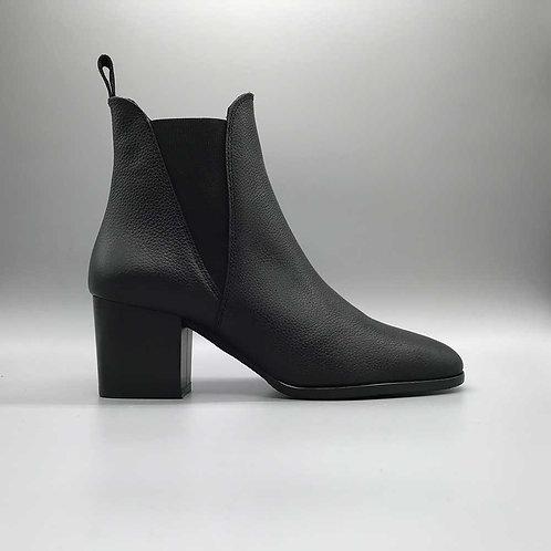 KMB – Stiefelette A2623, schwarz