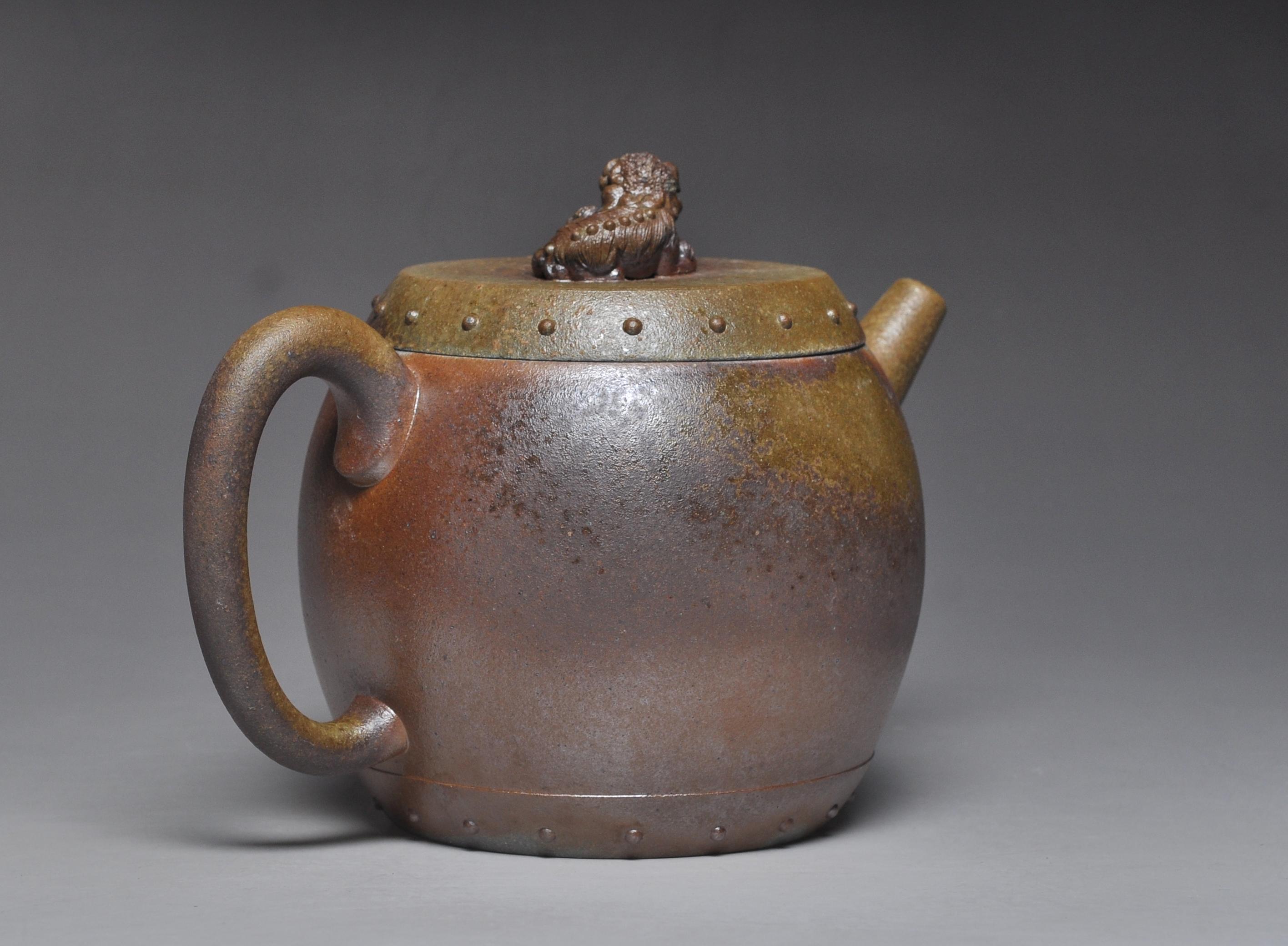 金猊烟穗壶