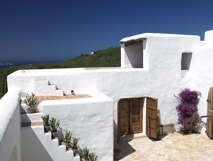 revestimiento fachada blanca