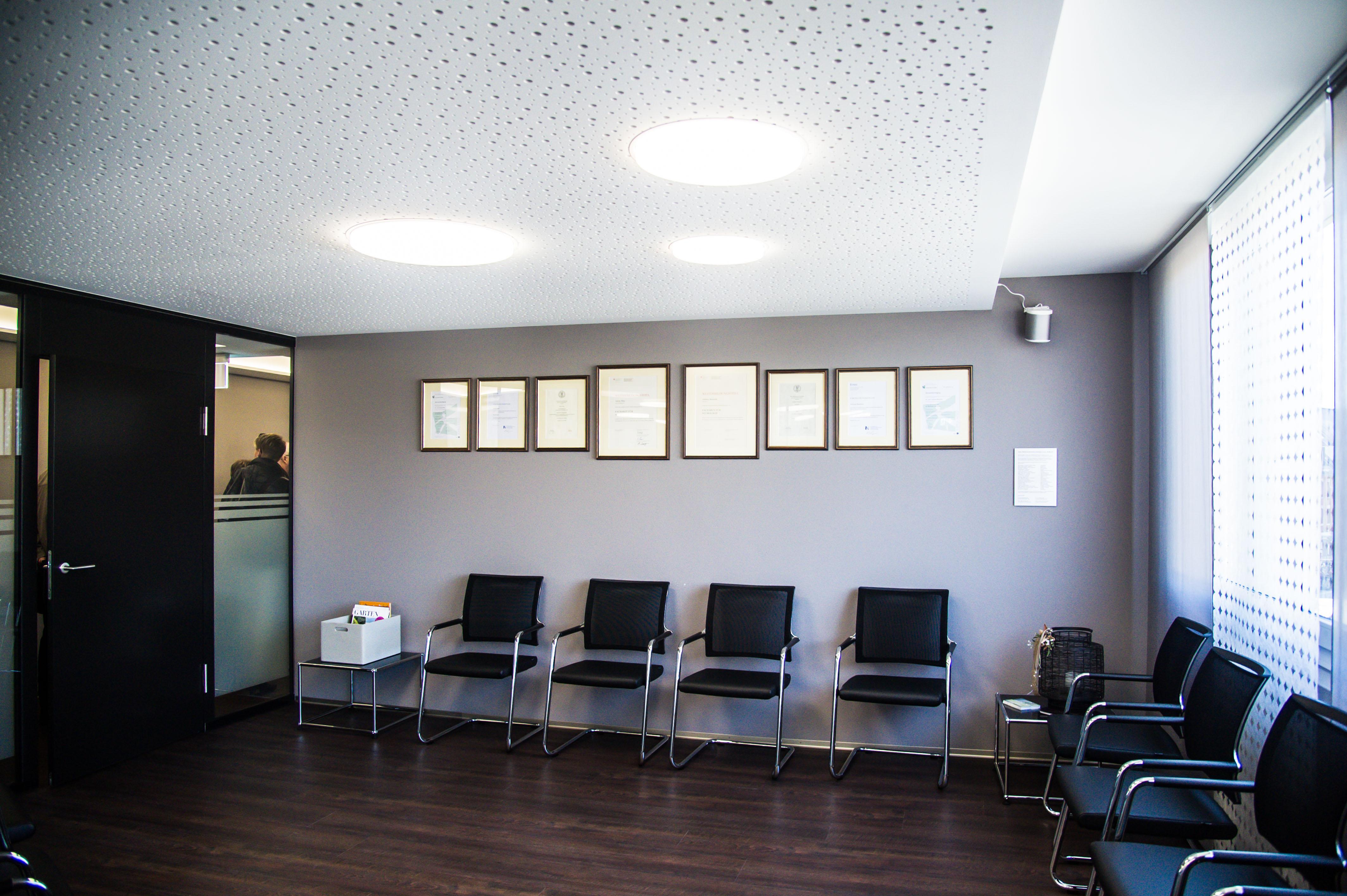 17_KW15_Eröffnung_Neurozentrum_Langenthal_BO-81