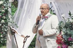 DD Wedding Portugal_Dieter singing-4