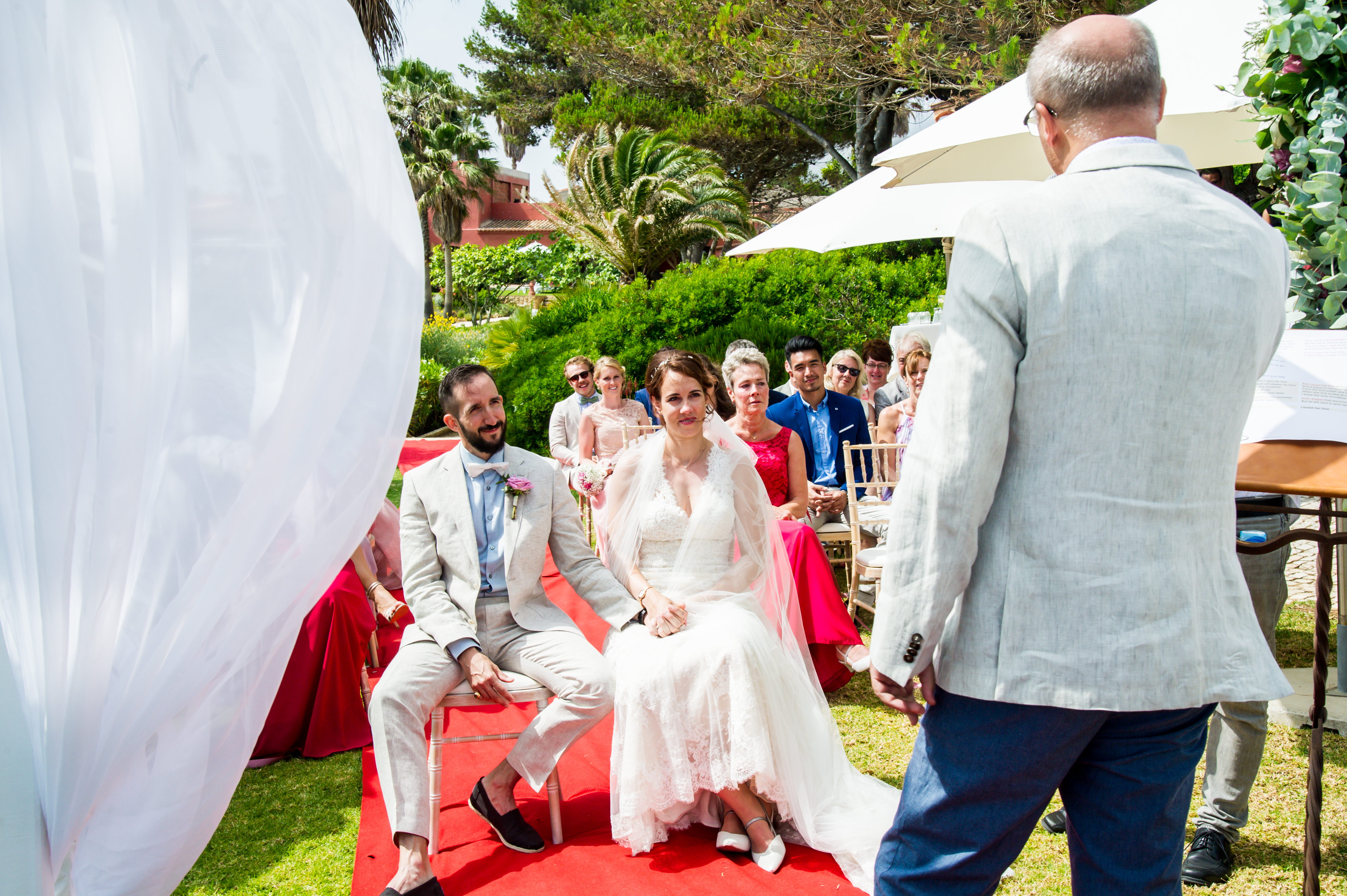 DD Wedding Portugal_Dieter singing-3