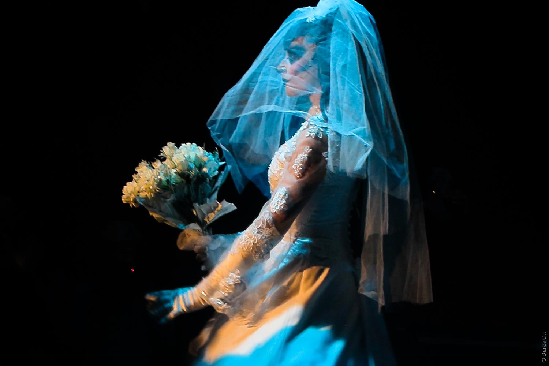 Braut Cabaret Bizarre