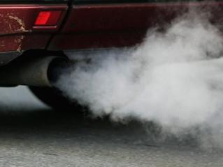 Por que os carros movidos a gasolina e diesel estão com os dias contados em países europeus e vários