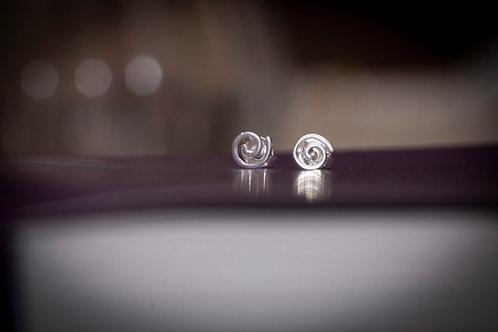 H2312 - Brinco Caracol Pequeno Prata 925