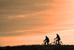 cyclist-3202481_1920.jpg