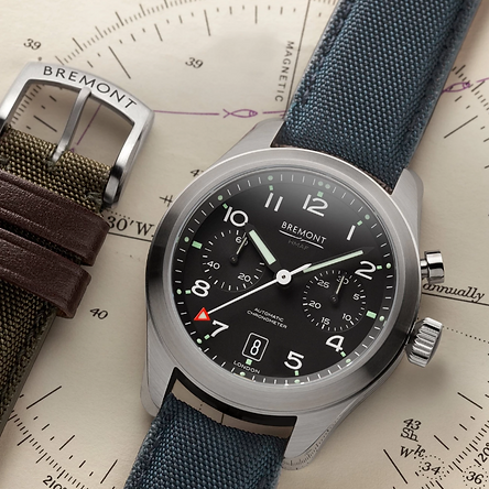 bremont-arrow.png