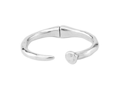 UNOde50 Nail bracelet