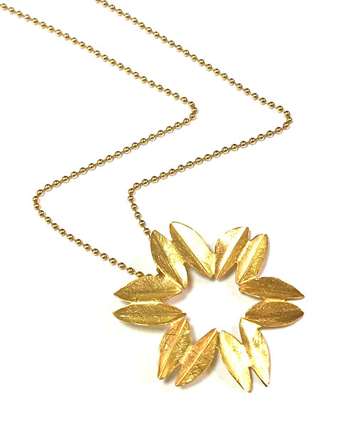 Origammi 14ct Yellow Gold Floral Pendant
