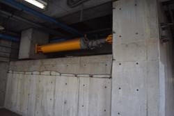 地下には免震装置(ダンパー)があります!