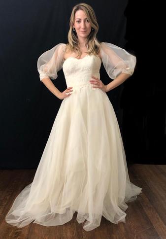 Model: Kaitlyn Wilson