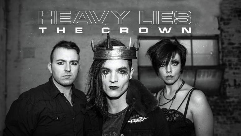 heavyliesthecrown.jpg