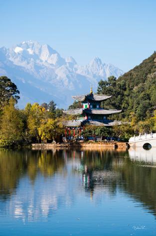 reflets, lac du dragon noir Lijiang, dec