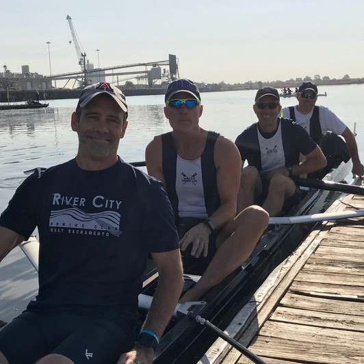 Advanced Mens Team heading out for Head of Port Regatta