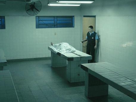 幽閉詭屍驚悚片《現屍報》蟬聯兩週票房冠軍 非常時期直呼不敢到醫院