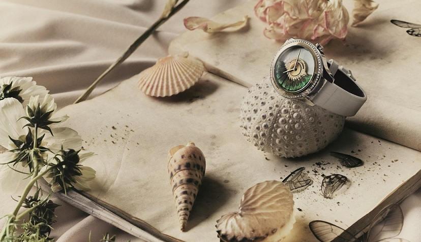 母親節獻禮 雅致灰韻配件、Mimirose 輕珠寶、Grand Bal Plume 羽毛腕錶