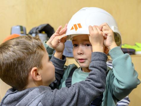 Просто о сложном: о профессиях — детям