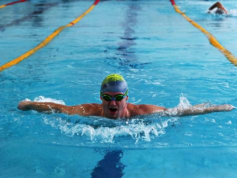 Команда управления Группы Магнезит - победитель соревнований по плаванию