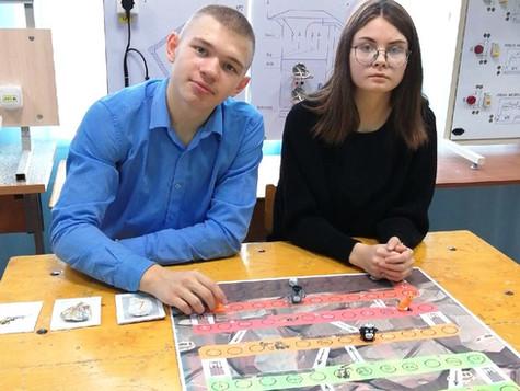 Школьники создали игру про шахту