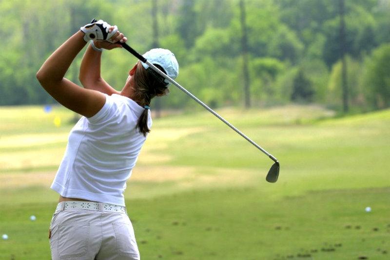 Donne-e-golf-quando-il-green-e-rosa_edit
