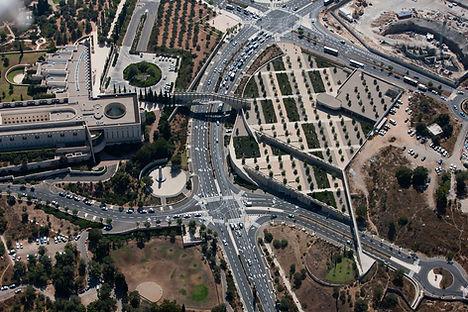חניון הלאום, סינמה סיטי ירושלים.jpg
