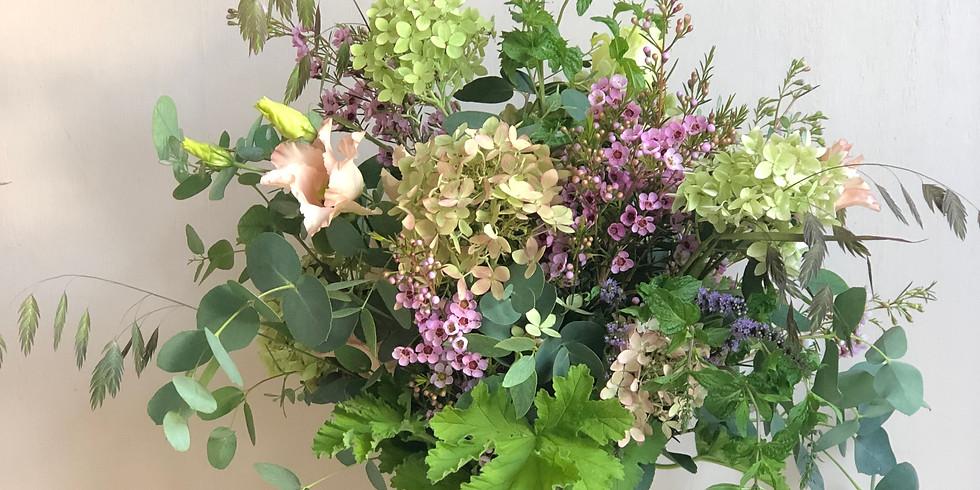 Late summer vase arrangement