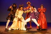 ''Com nova montagem,o espetáculo A Megera Domada segue temporada no Teatro Folha em São Paulo''