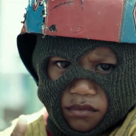 L'innocence exploitée (2) : les enfants jockey d'Indonésie et du Moyen-Orient.