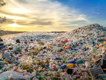 La pollution plastique : un problème insoluble ?