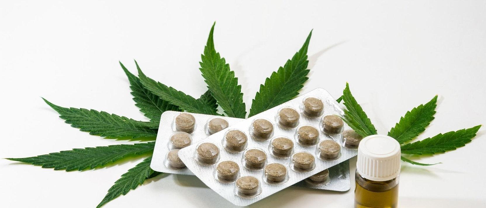 marijuana%20dispensaries_edited.jpg