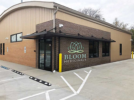 Bloom Medicinals Dispensary Akron Ohio.j
