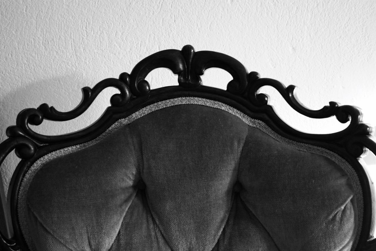 Antiikki tuoli, verhoilu