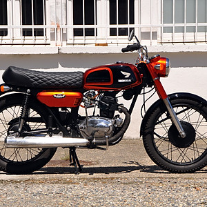 CB125 K4 Honda