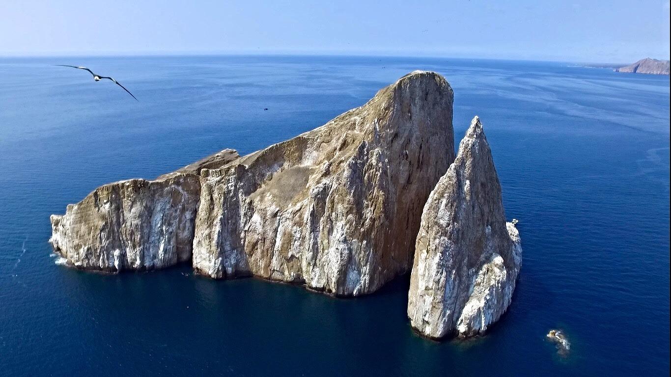 Galapagos  Kicker Rock- León Dormido