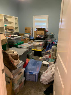 Decluttered Craft Room - Before