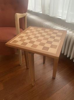 bijzettafel schaakbord.jpg