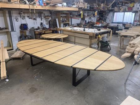bamboe vergadertafel ovaal.jpg