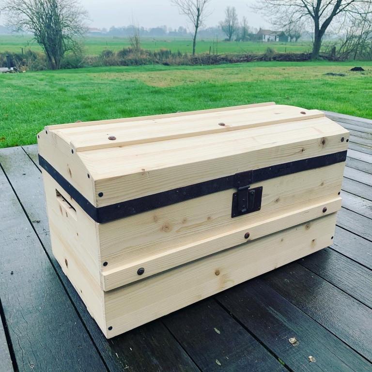 houten kist.JPG
