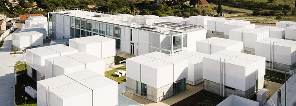 10_architecture_elderly_people_cruz_gued