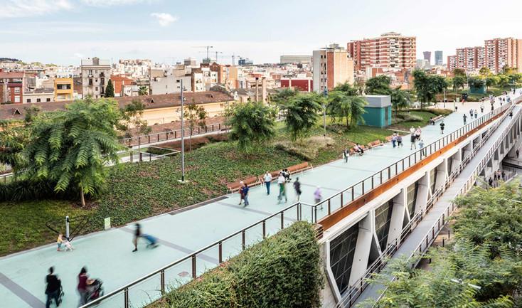 Barcelona-elevated-park-gree-roof-01.jpg