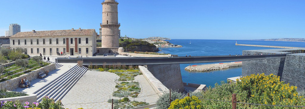 aps-MARSEILLE-Fort-St-Jean-panorama-1024