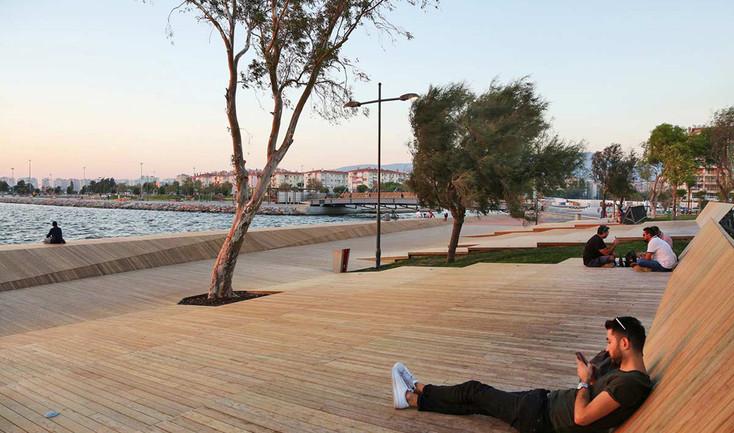 wooden-waterfront-deck.bridge-20.jpg