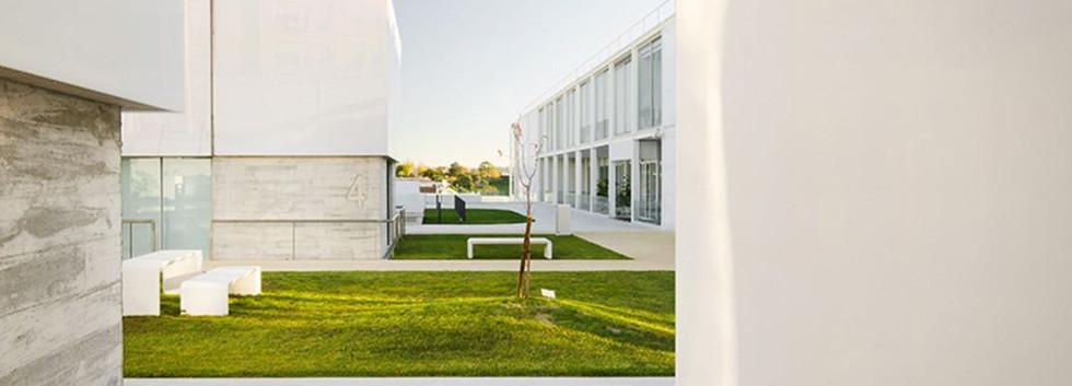 1_a-residential-facility-for-seniors-gue