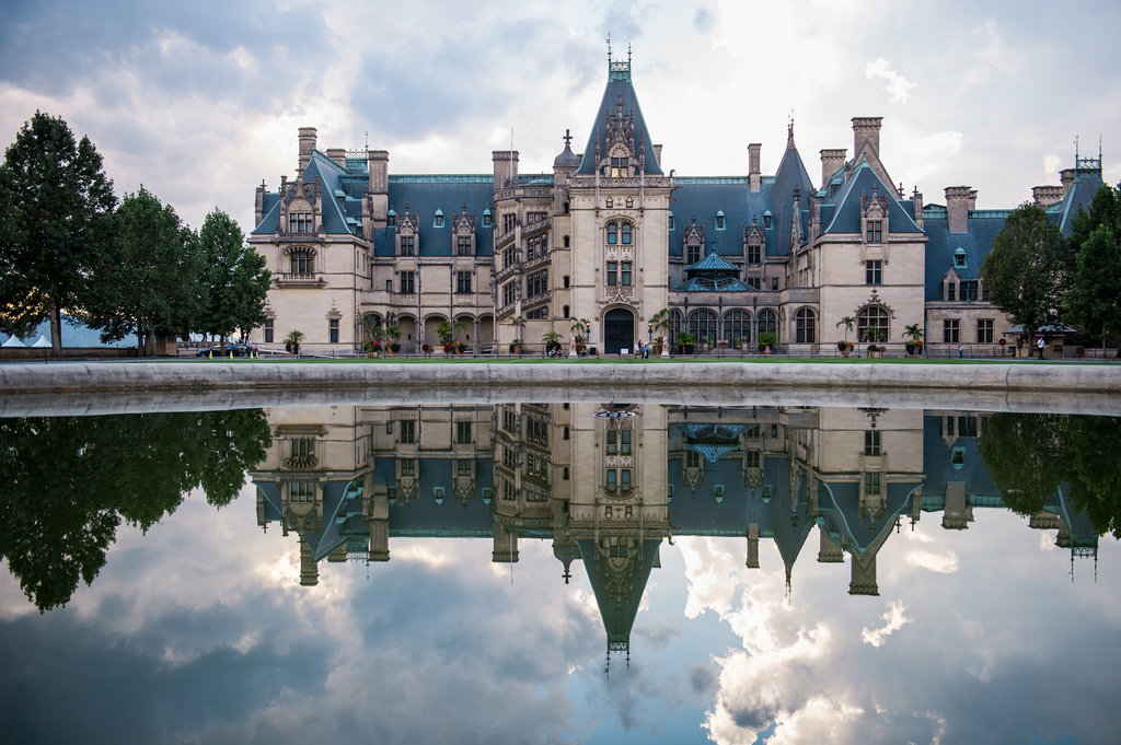 the fabulous biltmore estate from a local 39 s perspective. Black Bedroom Furniture Sets. Home Design Ideas