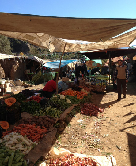 thumbnail_Market-stalls-at-a-berber-vill