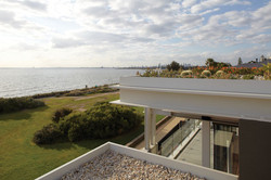 LR_EXT_ROOF_VIEW_01
