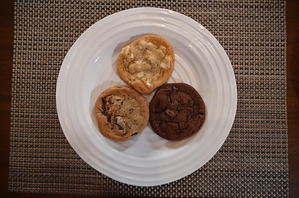 Costco Kirkland Signature Chocolate Lover's Cookie Pack White Chocolate Macadamia Nut Cookie